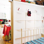 creative-colorful-spanish-apartment17, spanish apartment, cheap apartment, rent apartment, small apartment, amrilio.com