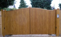 Hardwood Gates Amrilio picture 003